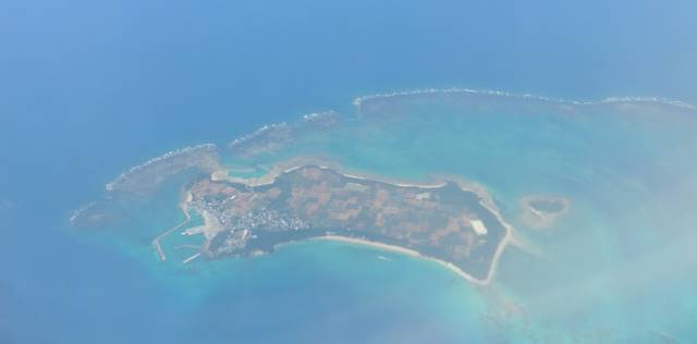 上空から見る津堅島