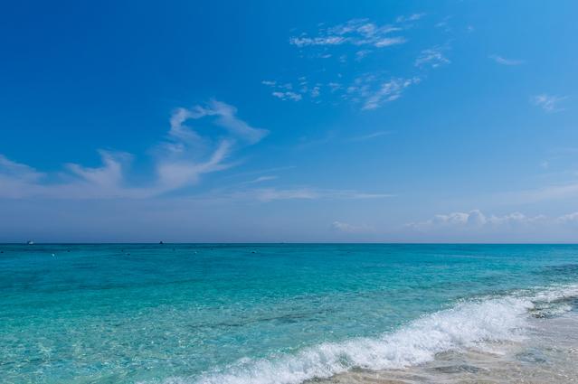 ナガンヌ島の海